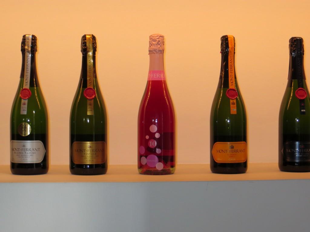 Игристые вина (cava), Бланес